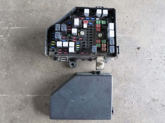 916mphoto ve ss 6 0 l98 fuse box salvage auto sales venus box at n-0.co
